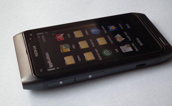 File:Nokia N8 Mobile 7617.JPG