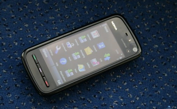 Nokia-5800-xpressmusic-01.jpg