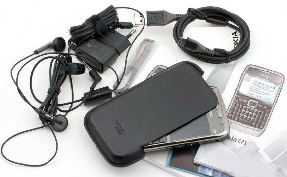 Nokia E71 Pictures