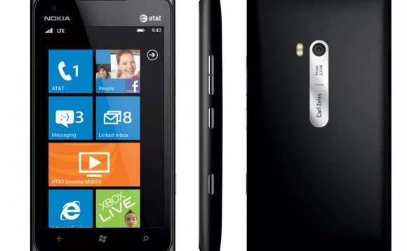 Nokia Lumia 900 Price in